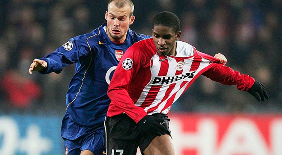 Especial de Jefferson Farfán: Carrera, goles, selección > Su paso por el PSV