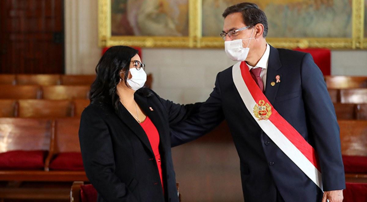 Martin Vizcarra y la romantica foto que tiene con su esposa Maribel Diaz en Palacio de Gobierno Mensaje a la Nacion 2020 Fiestas Patrias | libero.pe