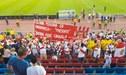 Barra llevó al Perú vs. Suecia una banderola en homenaje a Daniel Peredo