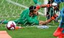¡Supermanos! Raúl Fernández volvió a salvar a la U a pesar de la derrota ante Garcilaso