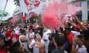 Perú vs Chile: Hinchas de la 'Bicolor' realizaron banderazo en las afueras del hotel [VIDEO]