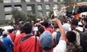 Hinchas de Universitario realizaron banderazo en la previa del partido ante Unión Comercio [VIDEO]