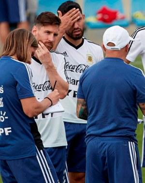 ¡LO ÚLTIMO! Jugadores exigen la salida de Jorge Sampaoli