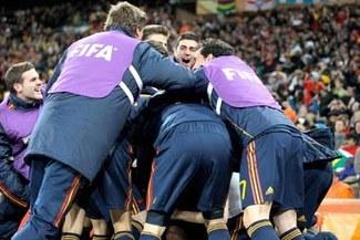 España entra en el club de campeones del mundo y continentales
