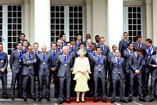 Selección de Holanda fue recibida por la Reina Beatriz