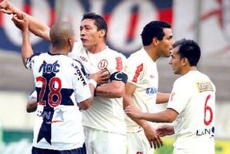 """La """"U"""" quiere que grones pierdan puntos por deudas y así clasificar a la Libertadores"""
