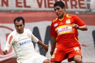 Universitario recibe hoy a Sport Huancayo en el Monumental