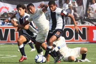Universitario y Alianza Lima jugarán hoy el clásico 333