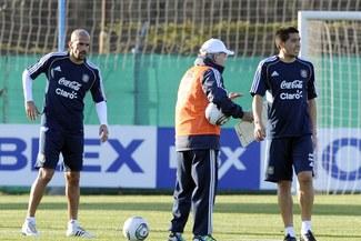 Argentina volvió a entrenar con el debut de Sabella y el regreso de Riquelme