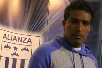 Amilton Prado: Tengo amigos y compañeros de trabajo, tampoco soy Roberto Carlos