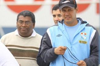 Juan Reynoso: Los directivos deben ser conscientes que armaron un mal equipo