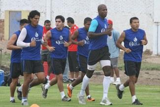 Un ciclón de fútbol: Aurich jugará su primer partido del año ante el equipo de reserva