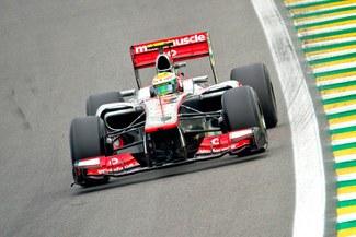 El piloto inglés Lewis Hamilton logró la 'pole' del  Gran Premio de Brasil