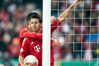 Bayern Múnich de Claudio Pizarro recibe hoy al Borussia Dortmund