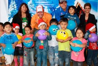 Pilotos peruanos que estarán en el Dakar celebraron la Navidad Dakariana en Pamplona