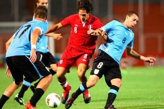 Mira las mejores jugadas del Perú-Uruguay [FOTOS]