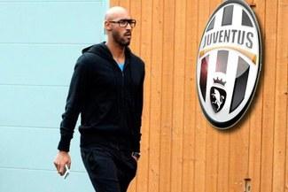 Nicolás Anelka pasó hoy el reconocimiento médico en Juventus