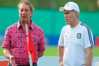 Carlos Bilardo: Es difícil que Argentina y Colombia jueguen en Rosario