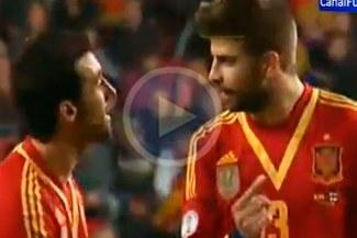 Gerard Piqué y Álvaro Arbeloa discutieron en el empate de España ante Finlandia [VIDEO]