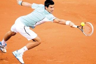 Novak Djokovic sufre ante Goffin en su estreno en Roland Garros