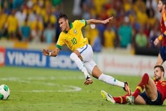 Gerard Piqué fue expulsado por alevosa entrada contra Neymar [VIDEO]
