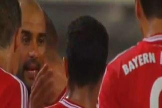 Mira la cachetada que Josep Guardiola le propinó a Thiago Alcántara [VIDEO]