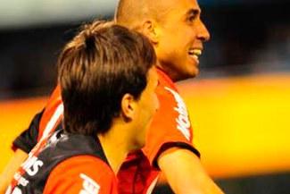 David Trezeguet anotó golazo en victoria de Newell´s Old Boys 2-0 sobre A. Rafaela [VIDEO]