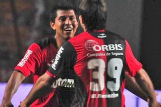 Newell's Old Boys de Rinaldo Cruzado lidera el torneo Inicial argentino [VIDEO]