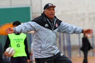 César Gonzáles dejó de ser el entrenador de Pacífico FC