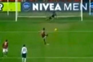 Milán vs.Genoa: Mira el segundo penal que falla Mario Balotelli en su carrera [VIDEO]