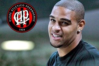 Adriano retorna al fútbol jugando por Atlético Paranaense