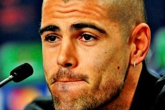 Barcelona: Víctor Valdés se despidió de sus compañeros tras un emotivo discurso en el vestuario