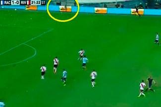 Youtube: Fantasma aparece en el partido Racing vs. River Plate [VIDEO]