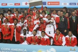 Selección peruana: Nueve jugadores han sido llamados por segunda vez consecutiva [VIDEO]
