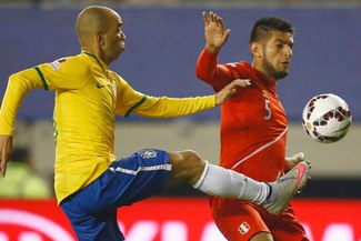 "Selección peruana: así motivó Carlos Zambrano a la ""bicolor""  tras derrota ante Brasil"