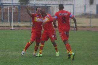 Sport Huancayo venció 2-0 a Sport Loreto y lidera momentáneamente el Torneo Clausura [VIDEO]