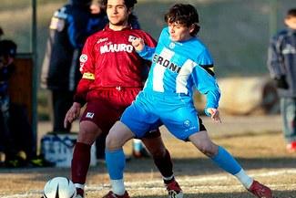 Diego Maradona disputaría la Copa Libertadores con River Plate de Uruguay