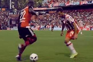 Luis Advíncula: Newell's Old Boys le hizo seguimiento al detalle de sus jugadas | VIDEO