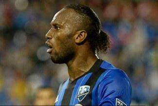 Didier Drogba: marfileño se enfrentó con dos hinchas de Red Bull | VIDEO