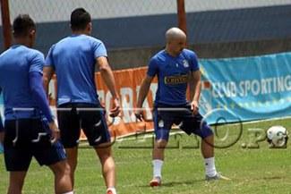 Sporting Cristal: Gabriel Costa sorprendió con este nuevo look en las prácticas