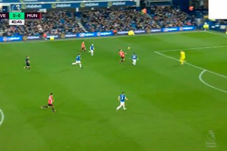 Manchester United vs. Everton: Zlatan Ibrahimovic y el golazo que regaló en la Premier League  VIDEO