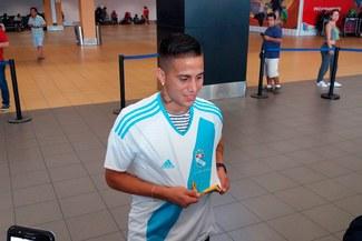 Sporting Cristal : Christian Ortiz llegó al Perú y se puso la celeste