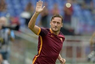 Francesco Totti se retirará al final de temporada y será director deportivo