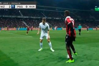 Mario Balotelli se burló del PSG con esta jugada y terminó de esta manera [VIDEO]