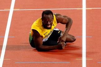 ¡NO LLEGÓ A LA META! Usain Bolt se lesionó y no pudo terminar la última carrera de su vida [VIDEO]