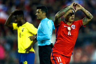 Chile venció 2-1 a Ecuador y se puso en zona de clasificación a Rusia 2018