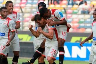Universitario sacó un gran triunfo que lo permite seguir soñando por el Clausura