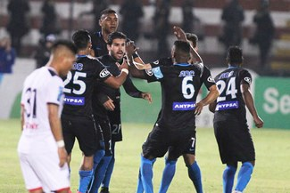 Alianza Lima ganó 2-1 a San Martín y está a solo un paso de ganar el título nacional