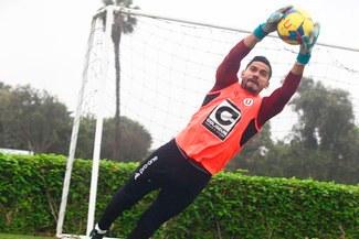 Universitario: Raúl Fernández se entrena a doble turno para llegar fino a la Copa Libertadores