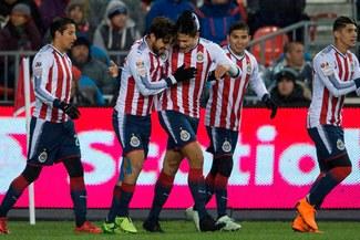 Chivas se coronó campeón de la Concachampions tras vencer 4-2 a Toronto en los penales [RESUMEN Y GOLES]